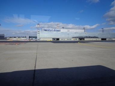 Di landasan pacu, welcome to Frankfurt Airport