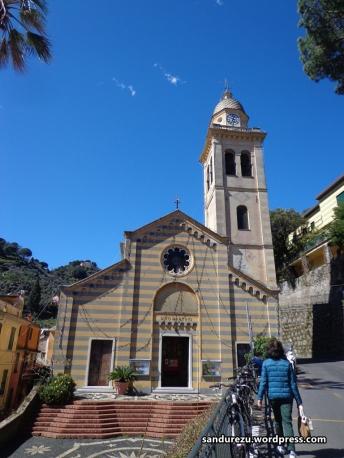 Gereja di desa Portofino