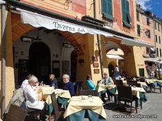 Cafe-cafe 'mahal' dan anggun