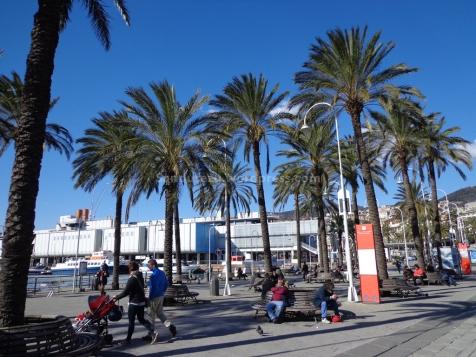 Bangku taman di porto antico