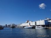Pemandangan Porto Antico dengan Gedung Akuarium Genova