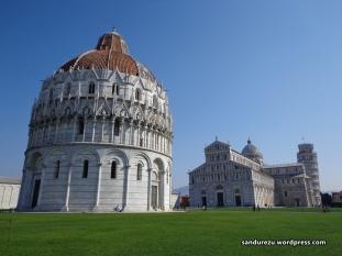 Komplek Menara Pisa