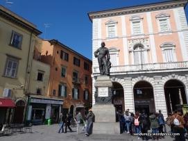 Monumen di Pisa