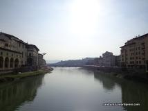 Menawannya sungai Florence