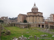 Roman forum dari sudut lain