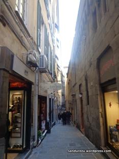 Gang-gang sempit di penjuru kota Genova