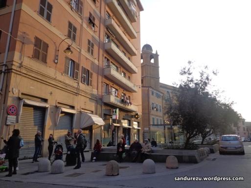 Pedestrian di tepi-tepi jalan Genova