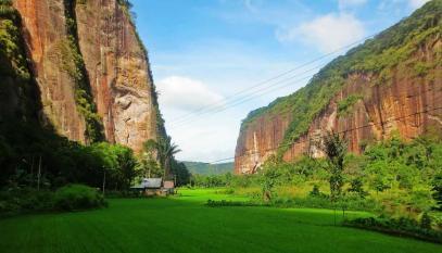 Lembah harau (phinemo.com)