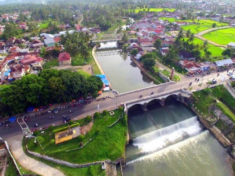 Jembatan ratapan ibu (http://pbs.twimg.com)