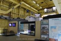 Ruangan museum lambung kapal